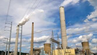 West Virginia Spill Highlights Need for Tougher Environmental Regulations